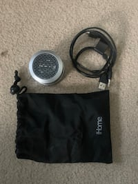 IHome with cables and bag Burke, 22015