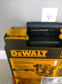 DeWalt set impact driver and drill new  Sterling, 20164