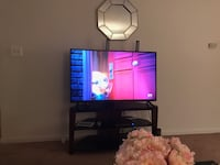 flat screen television with stand Windsor Mill, 21244
