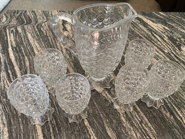 pineapple shape water pitcher with 6 glasses 6cb88749-e425-4409-b45c-9df25f611aae