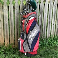 Cobra (Women's) Golf Clubs   ($250 includes bag)  WALKERSVILLE