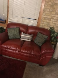 Couch and love seat Milwaukee