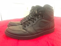 Jordan 1 Retro black and white 11.5 Glendale, 91202