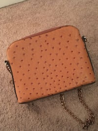 Tan leather off the shoulder purse  New Orleans, 70122