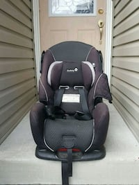 baby's black and gray car seat Toronto