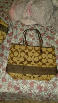 Coach purse Akron