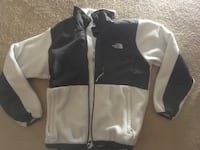 black and white The North Face zip-up jacket 32 km