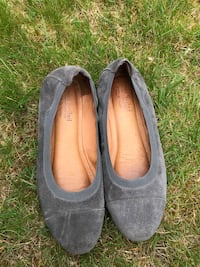 pair of gray suede flats Olympia, 98502