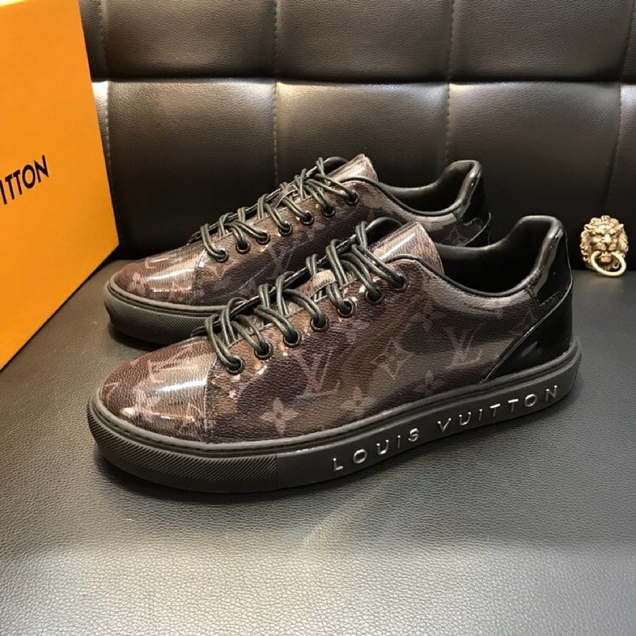 BY ORDER ONLY: Preowned Louis Vuitton Sneakers size 6-46 c8369a92-91a9-4be8-acf1-89d476b95455