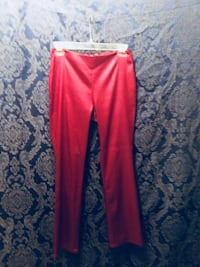 Red Von Mozart pants size small Oklahoma City, 73108