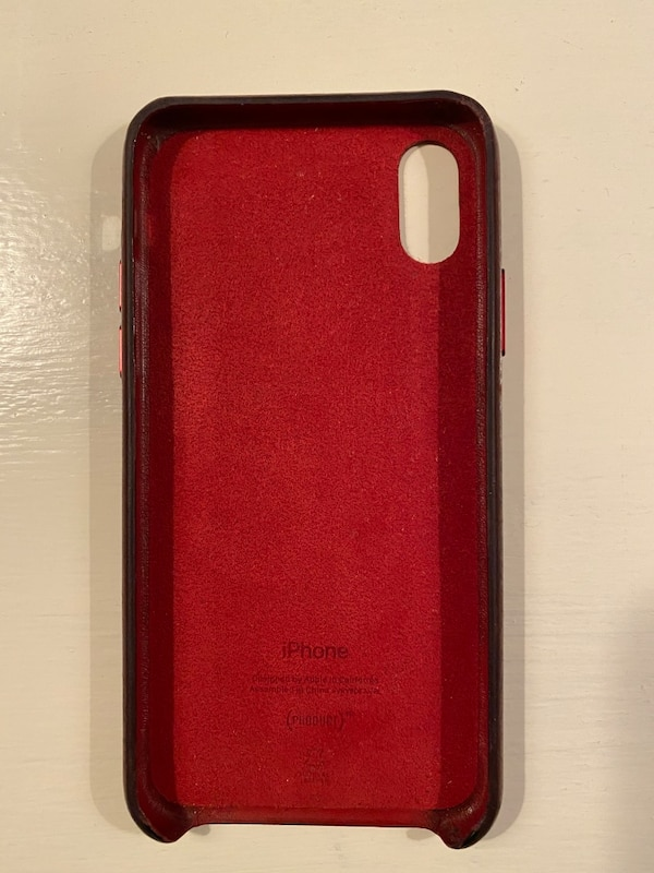 Genuine Apple Red Leather Case for iPhone X or XS a23fac3f-0409-420c-8137-2251a31e0ecf