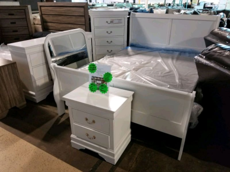 7 Piece Bedroom Set 41c647d7-c652-446a-bf19-f6abac956ad0