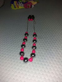 Necklaces and earrings set