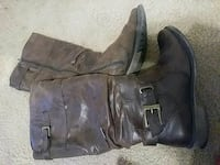 pair of brown leather boots Killeen, 76542