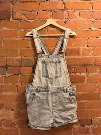 Women's jean overall shorts  Toronto, M5A 2T3