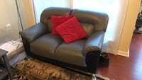Grey and black loveseat Fairfax, 22030