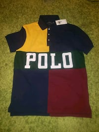 Polo collared tshirt