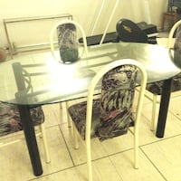 Glass dining table with 4 strong chairs,excellent conditions Toronto, M2R 2A3
