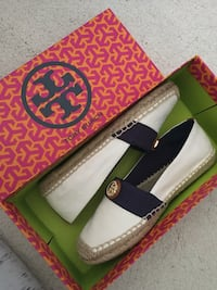 Pair of white-black Tory Burch espadrille flats. Size 6.5
