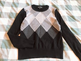 Jones New York cashmere sweater size M