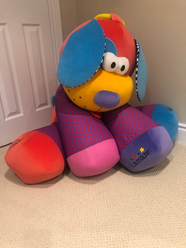 GIANT Lamaze stuffed toy 5b519f44-3fc5-4193-bb48-ac2683f5c3d7