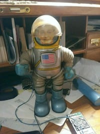 Very rare 1960s Marx hi bouncer moon scout  Winchester, 22602