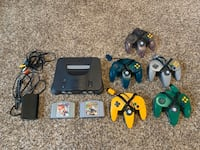 N64 w/ 5 controllers and 2 games Beaverton, 97008