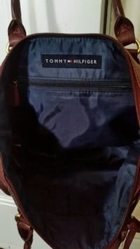 Tommy Hilfiger handbag genuine leather. Toronto, M3L 1E9