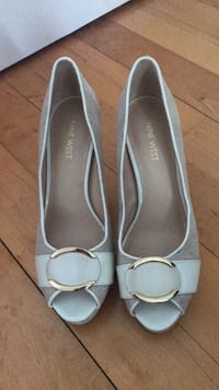 pair of gray leather peep toe heels Laval, H7X 3R6