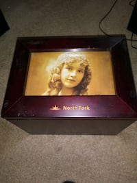 WOODEN TABLE TOP PHOTO BOX.