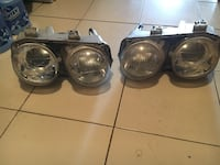 Pair of silver housing car headlights Montréal, H4N 1L7