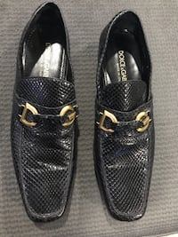 Pair of black leather loafers Las Vegas, 89169