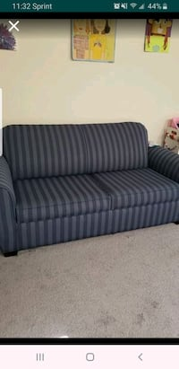 pull out couch, double size Fairfax, 22033