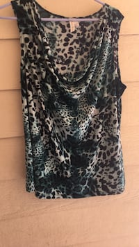 Black and white leopard print sleeveless blouse Bakersfield, 93311