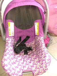 Baby girl car seats Midland, 79701