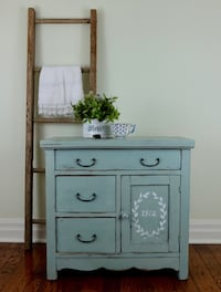 Antique shabby chic farmhouse washstand  Mississauga, L5G 2K4