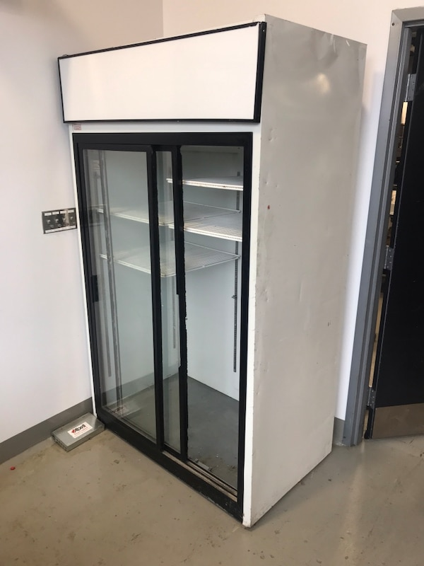 Fridge a4ebd848-62c3-418b-b727-a47008df4654