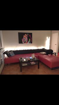 Red/black couch (avail. from Jan 24) Toronto, M4S 1C7