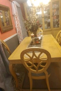 Dinning Room Set..table..4 chairs plus China with light Philadelphia, 19111