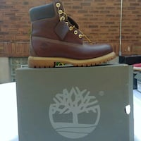 unpaired black and brown Timberland work boot Cincinnati, 45237