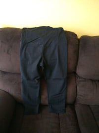 Maternity pants size medium Fort Myers, 33905