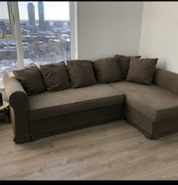 FREE DELIVERY TODAY ONLY- MODERN COMFY SECTIONAL COUCH -EXCELLENT COND