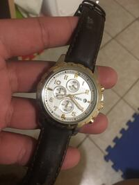 Round white fossil chronograph watch with black leather strap Mississauga, L5R