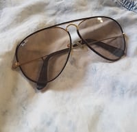 Brown leather framed ray-ban sunglasses