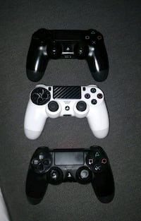 Ps4 controllers  Toronto, M6H 2P9