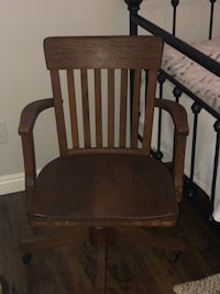 Antique Office Chair Riverside, 92503