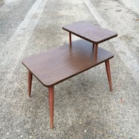 Retro two tier arborite Midcentury vintage side table Grimsby, L3M 2A9