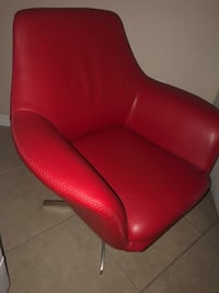red leather padded sofa chair Pembroke Pines, 33026
