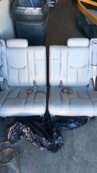Rear leather seats for 2003 Tahoe Commerce City, 80022