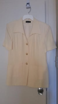 women's white button-up shirt WASHINGTON